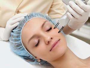 Процедура лазерной шлифовки лица DOT Therapy